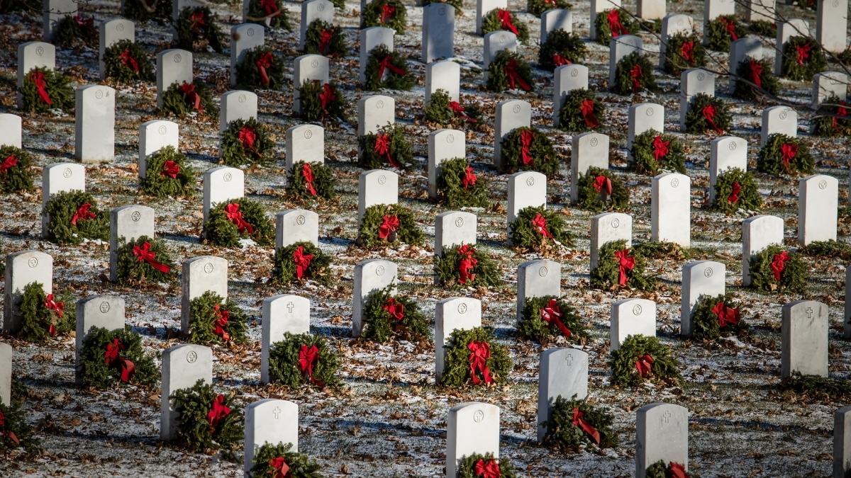 National Wreaths Across America Day, 2020 - Significance - Trendy Bash