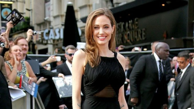 Angelina Jolie sends advice to women who fear domestic abuse during the holiday-Trendy Bash