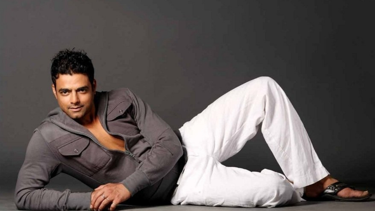 Abhimanyu Singh to play the villain role in Bachchan Pandey - Trendy Bash