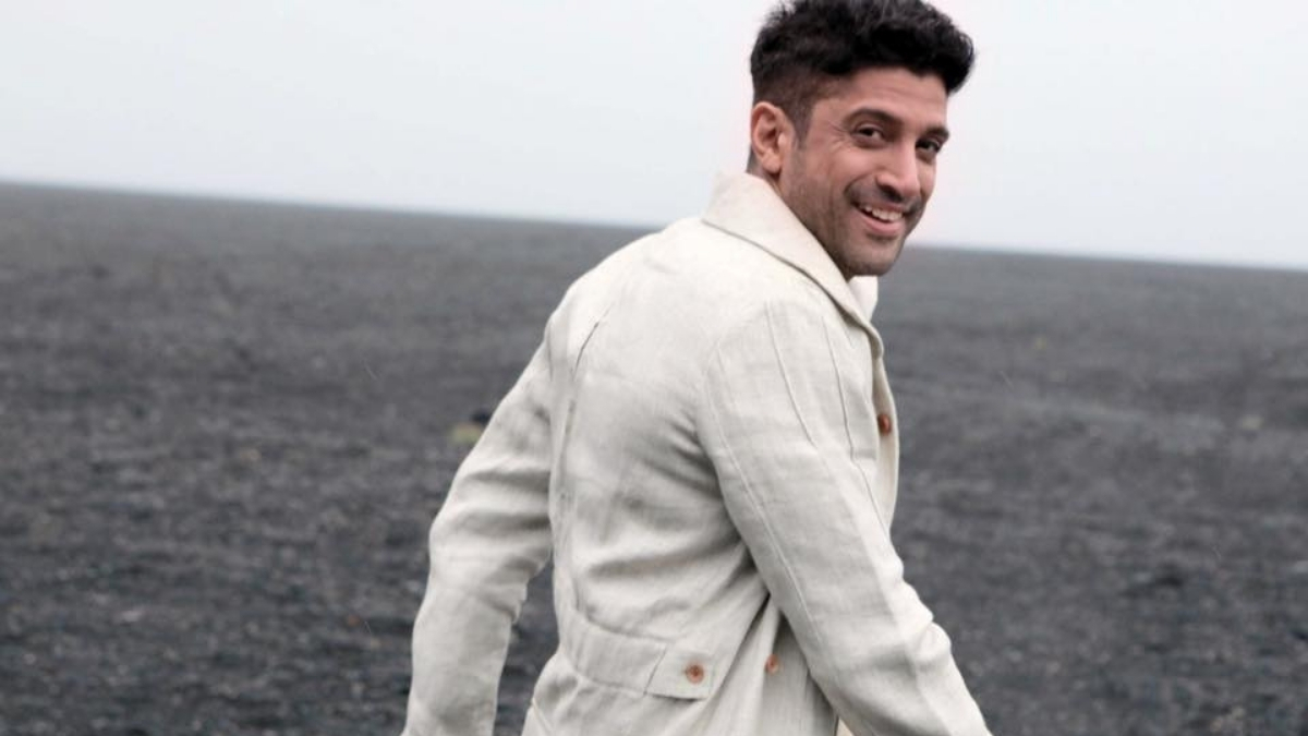 Farhan Akhtar share a picture to wish father Javed on the 76th birthday - Trendy Bash