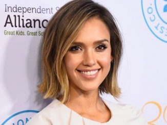 Jessica Alba recalls the moment her daughter realised she is famous - Trendy Bash