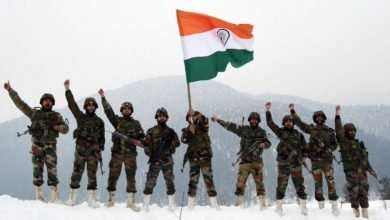 Sanjay Dutt shares picture on Army Day