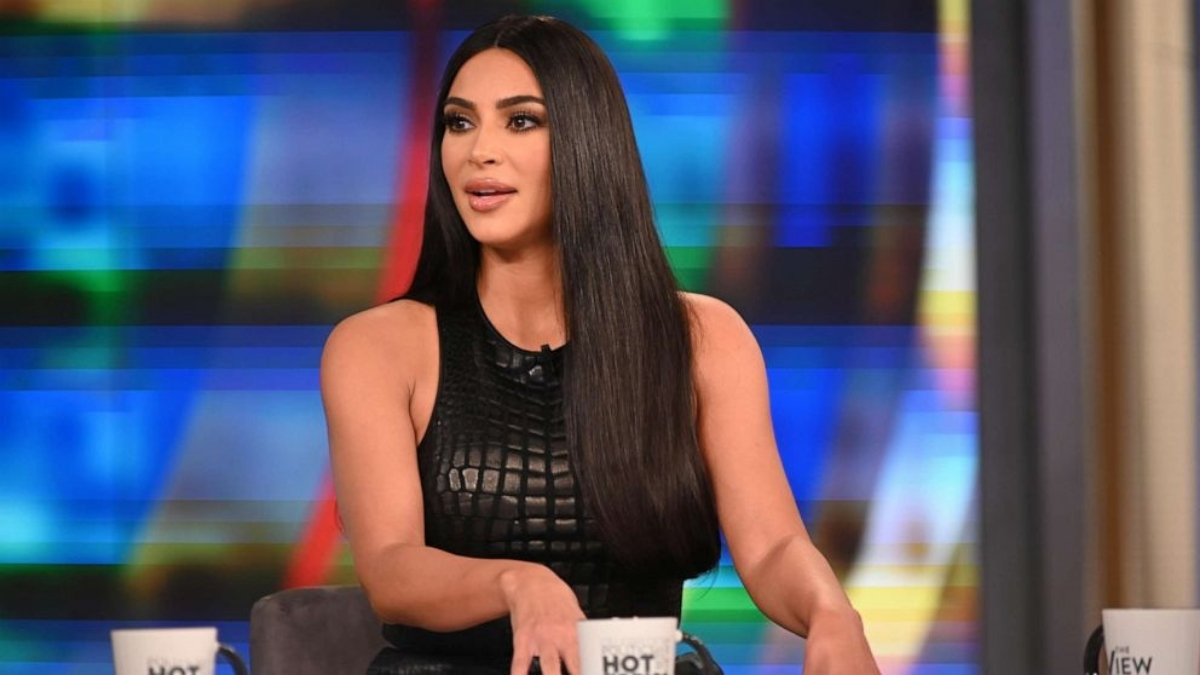 Kim Kardashian shares throwback pictures of her 'chunky' babies