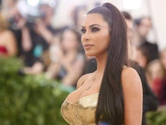 Kim Kardashian proves 'vegan does good to body' in the latest post - Trendy Bash