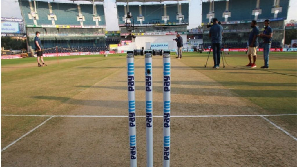 2nd Test: Ind vs Eng, hosts win toss, elect to bat first Trendy Bash