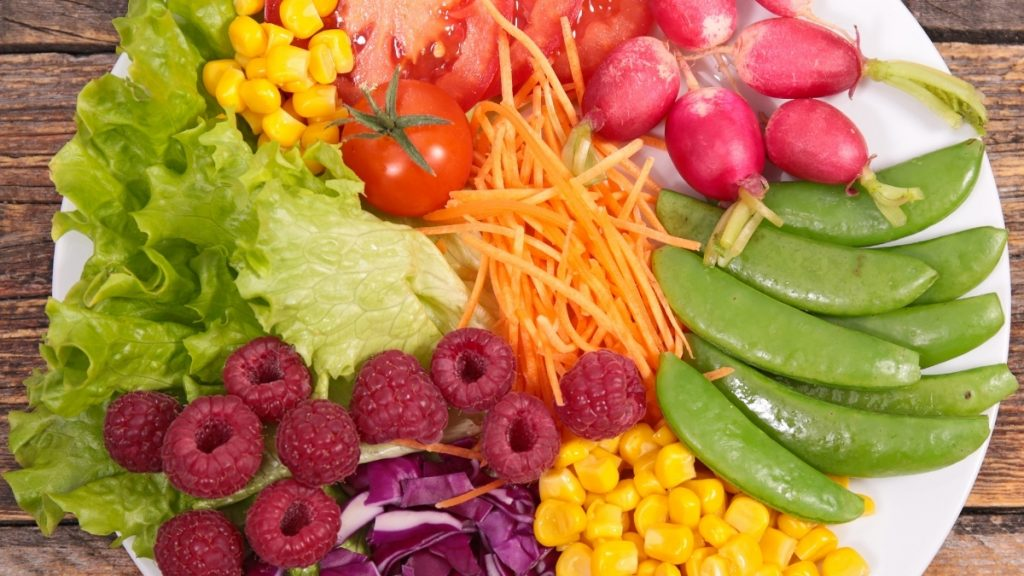 Vegan diet promotes weight loss, keeps cholesterol in control