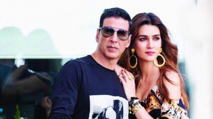 Kriti Sanon took to Instagram to share a beautiful picture of herself. She revealed that it had been clicked by her Bachchan Pandey Star Akshay Kumar.