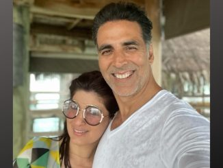 Akshay Kumar enjoys 'beach time' with wife Twinkle Khanna