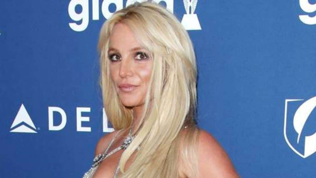 Britney Spears reveals even her mom Lynne wants her to sing 'again'