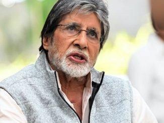 Amitabh Bachchan celebrates 30 years of 'Ajooba'